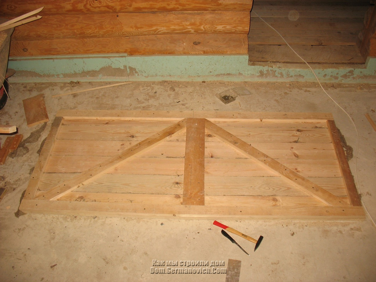 Как самим сделать деревянную дверь