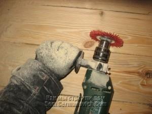 При брашировании пыль стоит столбом