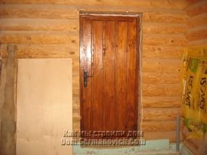 Дверь после окраски