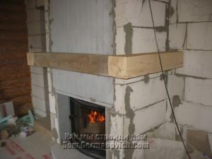 Каминная полка из деревянных балок