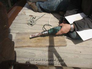 Саомдельное приспособление для шлифовки отверстий в плитке