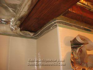 Обход потолочной балки проводами освещения